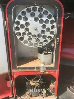 1949 Vendo F39b5 Coke Machine