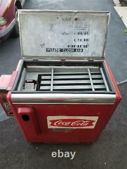 1950's Ideal Model 55 Coca Cola 10 Cents Slider Soda Machine Runs Cools