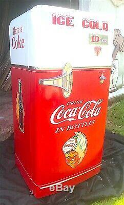 1950's Kelvinator Fridge RENOVATED to look like COCA-COLA Soda Machine-MUST SEE