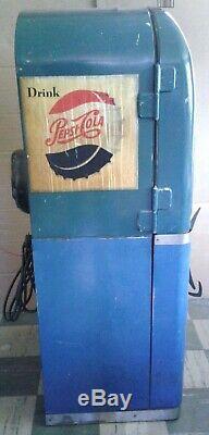 1950's Vendorlator VMC PC27B Pepsi Soda Machine With Enclosed Stand Works