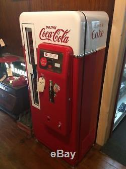 1950's antique CS-72 Coca-Cola soda beverage vending machine COKE Pepsi RC Crush