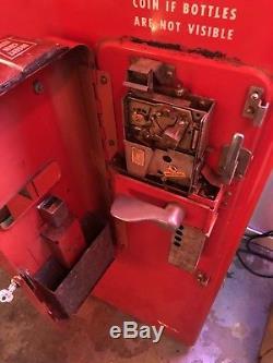1950s Coca Cola Machine Vendo 81 A Original Beautiful WILL SHIP