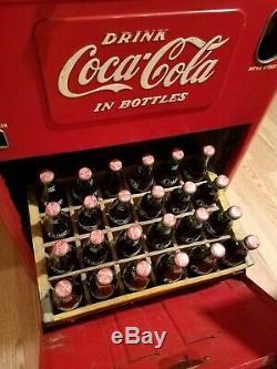 1950s Coca Cola spin top vending soda machine, Model A-23E