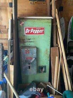 1950s Dr. Pepper Vending Machine Conroe, TX