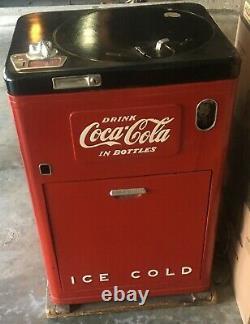 1952 Coca Cola Vendo 23 Junior Deluxe