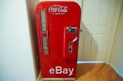 1955 Vendo Coca-Cola Machine 81a