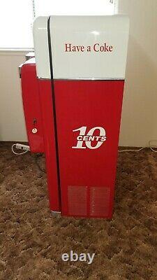 1958 Vintage Vendo 56 Coca Cola Coke Machine Restored Excellent garage mancave