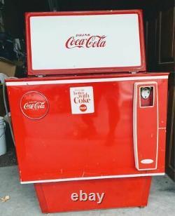 1960 coke machine Coca-Cola Soda Machines Vintage Coke Bottle Drink Cola Cooler