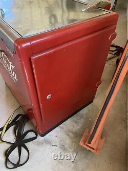 Antique ideal model 70 coke machine