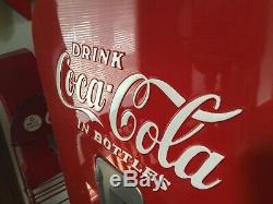 Beautiful Vendo 1952 Model# 39 Coca-Cola Machine Great Looking