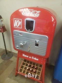Cavelier 102 Segregation Era 2 Sided Coke Machine