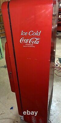 Coca Cola Coke Machine Cavalier 96 Soda Drink See Description Hard To Find
