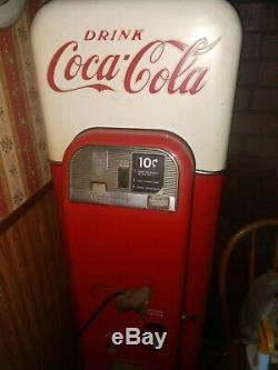 Coca Cola (Coke) Machine-Vendo 44 ALL ORIGINAL Worked Last Plugged In