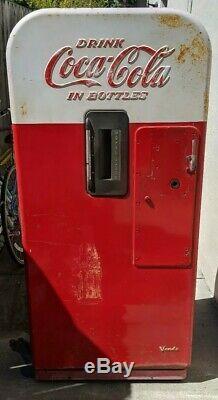 Coca Cola Coke soda Machine Vendo 39 Cabinet pepsi 7up 81 39 44 56
