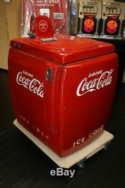 Coca Cola Machine Vendo 59 Works