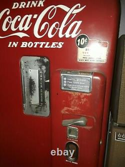Coca Cola Machine Vintage 1949-1951 Original Paint Job and Condition