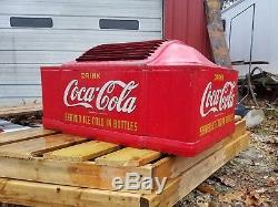Coca Cola Mills 47n Soda Machine Top. All original