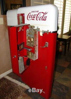 Coca-Cola Vendo 56 Machine VERY RARE 1957-1959