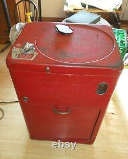 Coke Coca-Cola Machine Vendo A23e from 1950s Vending Spin Top 23