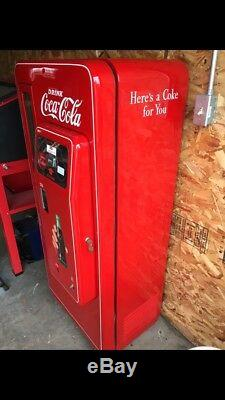 Coke Cola Vintage 50's 10 Cent Machine