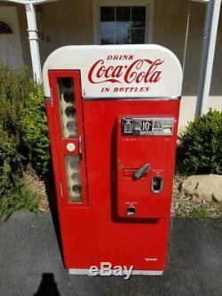 Coke Machine Vendo 81 100% Complete and Original Coca Cola