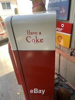 Coke machine W64