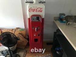 Coke machine Wurlitzer W 64