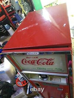 Coke machine vintage C55, 1961 first year of C55, refrigeration works