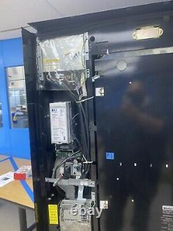 Cold Drinks Soda Machine Vending Machine Pop Machine Live Display