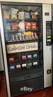 Combination Canned Soda/Snack Vending Machine LCM4