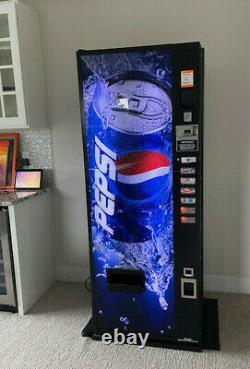 Dixie Narco 276 Pepsi branded cold soda coke can vending machine -Works Great