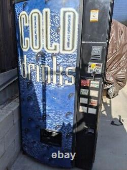 Dixie Narco 368-8 Flat Front Soda Vending Machine WithBill Acceptor