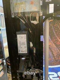 Dixie Narco 501E Soda Vending Machine Cans & Bottles Pepsi