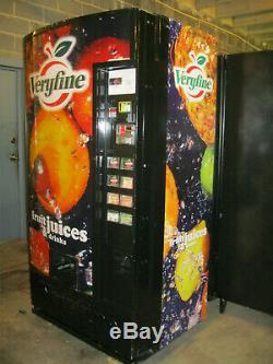 Dixie Narco 501R MPC-8 Multiprice Can Soda Vending Machine
