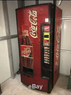 Dixie Narco Drink Soda Vending Machine Montebello, Pico Rivera Area Cali