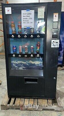 FREE SHIPPING Glass Front Vendo 721 Soda Vending Machine With Card Reader