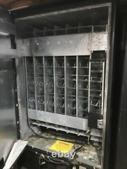 FSI 3037 Cold Beverage and Soda Vending Machine