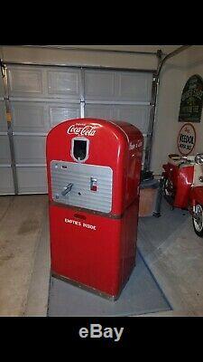 Old Original Coca-cola Machine