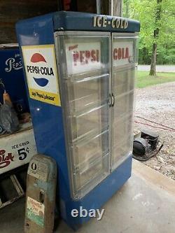Original 1950s Pepsi United P-384 Reach In Cooler Soda Machine Vendo VMC Look