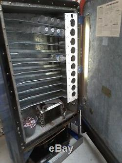 Original Patina Paint Restored Interior VMC like Vendo 110 gets ice cold