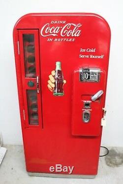 Original Vendo 81 A Coca Cola machine