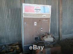 Pepsi Cola Vending Machine (Choice-Vend Brand) CVS-210 Vintage