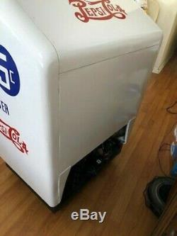 Pepsi Gullwing, Collectors Machine, RestoredRefrigerated Version