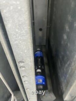 Pepsi Soda Vending Machine Dixie Narco 501E