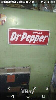 Rare Dr-Pepper VMC Soda Machine