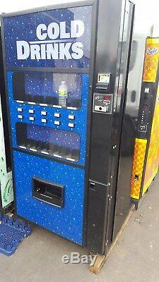Royal 650 10 selections live display soda / beverage vending machine
