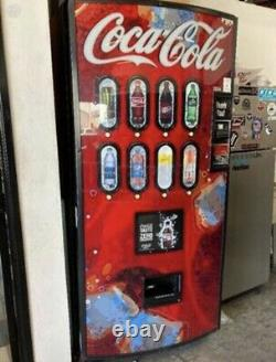 Royal Vendors 804 Drink Soda Bottle Vending Machine