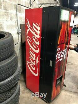 Royal Vendors Soda Vending Machine