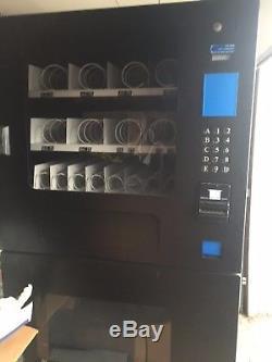 Seaga combo soda snack vending machine
