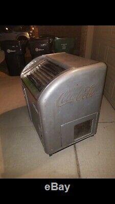 Single door Victor Coke Machine